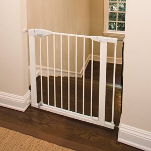 Munchkin Easy Close Metal Safety Gate Review